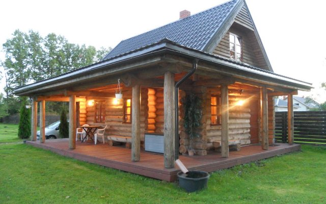 Forest Edge Lodge
