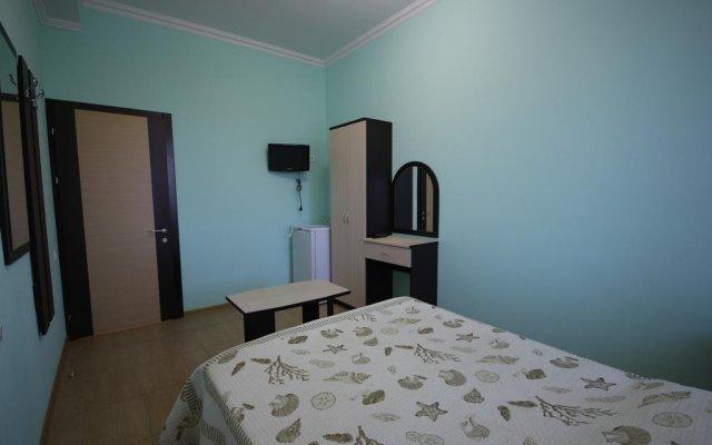 Гостиница Karolina Guest House в Анапе отзывы, цены и фото номеров - забронировать гостиницу Karolina Guest House онлайн Анапа комната для гостей