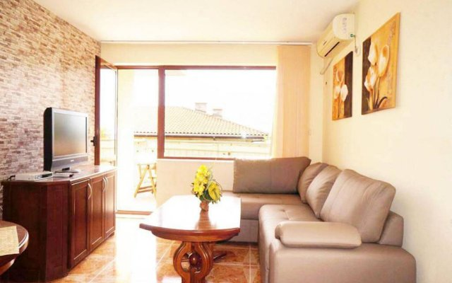 Апартаменты Dom-el Real Apartments 1 - Sveti Vlas Свети Влас комната для гостей