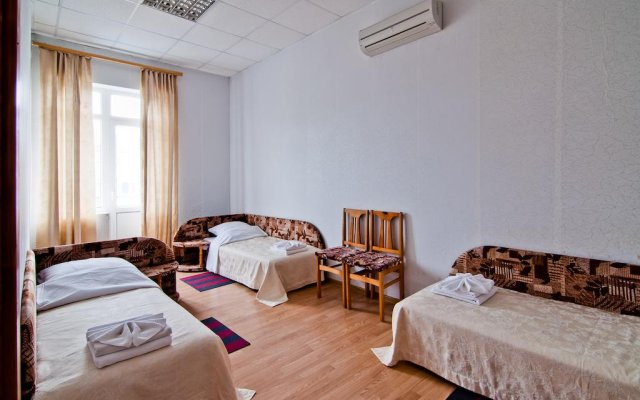 Гостиница Yuzhnaya Noch в Анапе отзывы, цены и фото номеров - забронировать гостиницу Yuzhnaya Noch онлайн Анапа комната для гостей