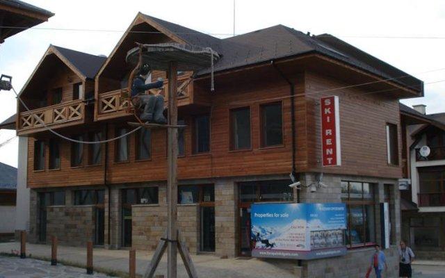 Отель Guest Rooms Granat вид на фасад
