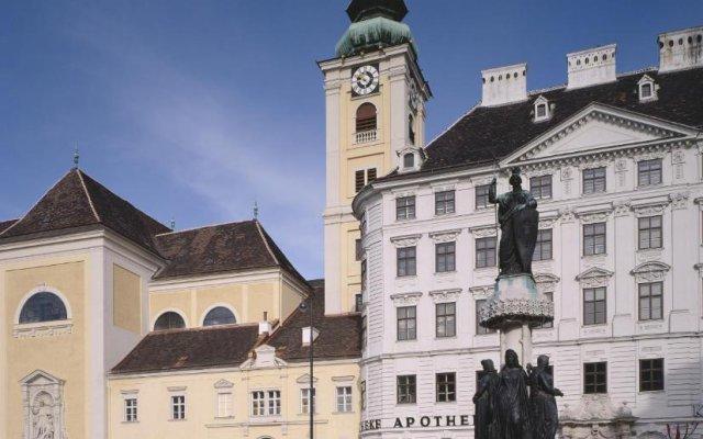 Отель Benediktushaus Австрия, Вена - отзывы, цены и фото номеров - забронировать отель Benediktushaus онлайн вид на фасад