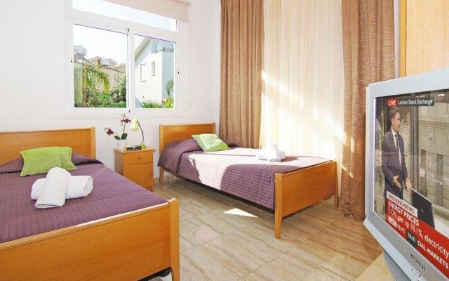 Отель Villa Jenna Кипр, Протарас - отзывы, цены и фото номеров - забронировать отель Villa Jenna онлайн комната для гостей
