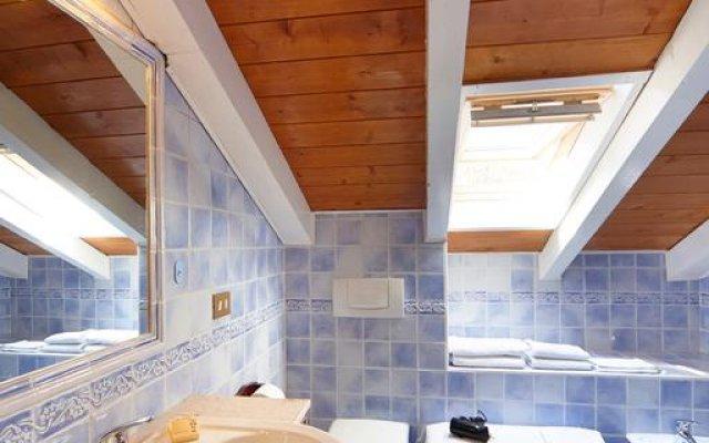 Отель Villa Josefa Apartment Италия, Вербания - отзывы, цены и фото номеров - забронировать отель Villa Josefa Apartment онлайн ванная
