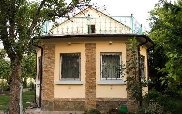 Гостиница Гест Хаус вид на фасад