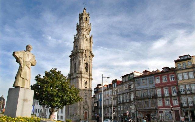 Отель Premium Porto Downtown вид на фасад