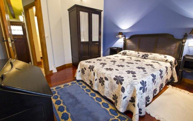 Отель Apartamentos Rurales Los Brezos* комната для гостей