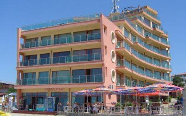 Отель Sunny Bay Aparthotel вид на фасад