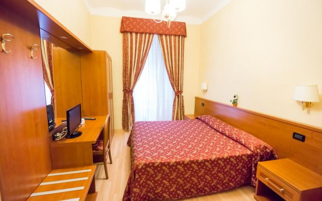 Отель Funny Holiday удобства в номере