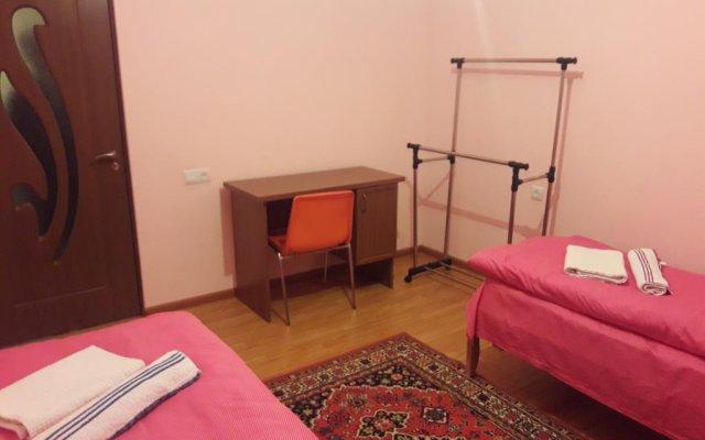 Отель B&B Araz Армения, Дилижан - отзывы, цены и фото номеров - забронировать отель B&B Araz онлайн комната для гостей