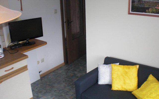 Отель Residence Rebgut Италия, Лана - отзывы, цены и фото номеров - забронировать отель Residence Rebgut онлайн комната для гостей