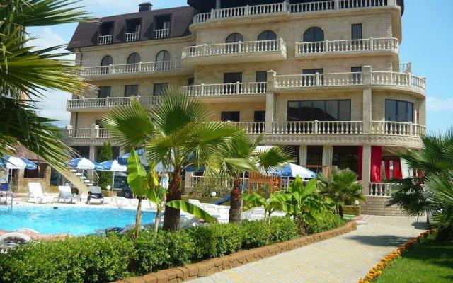 Гостиница Гостиный комплекс Holiday вид на фасад
