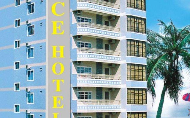 Nice Hotel Нячанг парковка