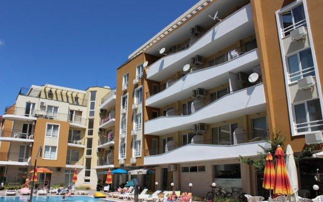 Апартаменты SB Rentals Apartments in Blue Marine Complex Солнечный берег вид на фасад