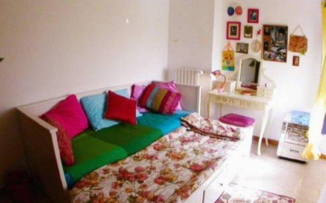 Отель La Casa del Glicine Лари комната для гостей