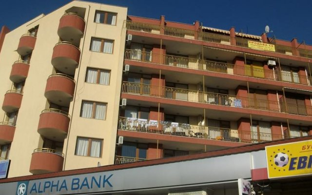 Отель Ashton Hall Болгария, Солнечный берег - отзывы, цены и фото номеров - забронировать отель Ashton Hall онлайн вид на фасад