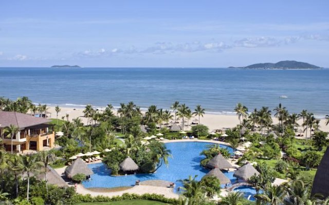 Отель Narada Resort & Spa пляж