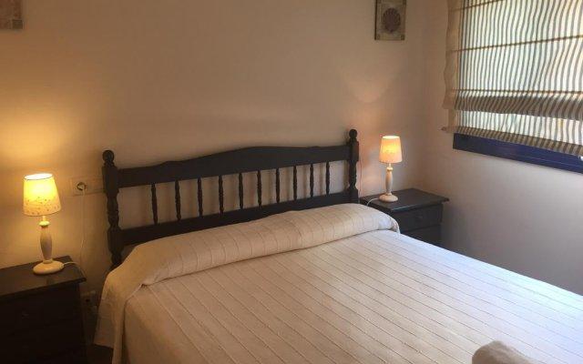 Отель Calafell Sant Antoni Испания, Калафель - отзывы, цены и фото номеров - забронировать отель Calafell Sant Antoni онлайн комната для гостей