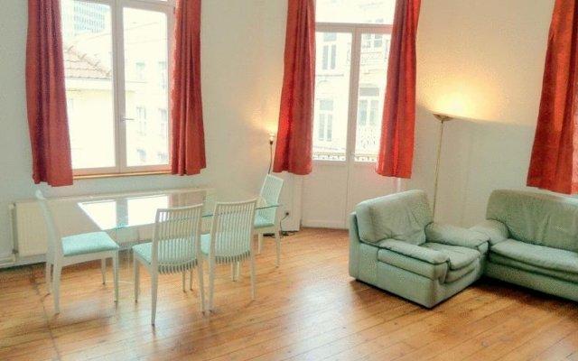 Апартаменты Dominicains Apartments Брюссель комната для гостей