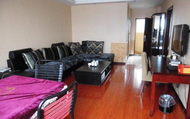 Chongqing Yueyou Hotel Airport комната для гостей