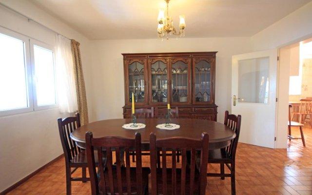 Отель Casa Petersburg Португалия, Санта-Крус - отзывы, цены и фото номеров - забронировать отель Casa Petersburg онлайн комната для гостей