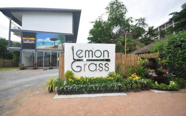 Отель Lemon Grass Retreat вид на фасад