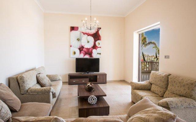 Отель Akefalou Sea View Villa Кипр, Протарас - отзывы, цены и фото номеров - забронировать отель Akefalou Sea View Villa онлайн комната для гостей