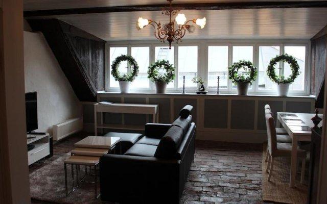 Отель Executive Living Old Town Unique комната для гостей