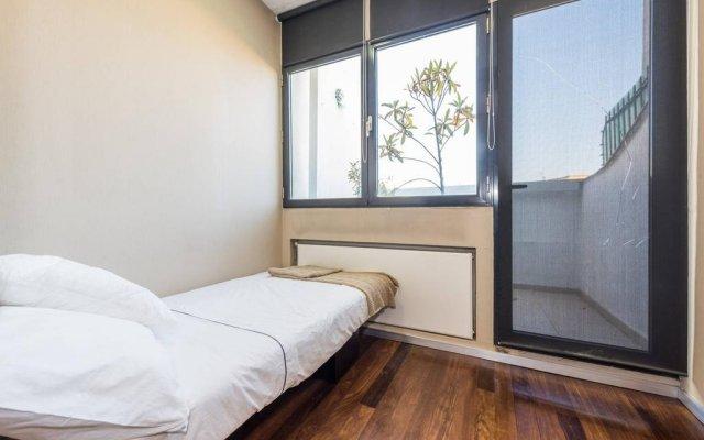 Отель My City Home Alcala комната для гостей