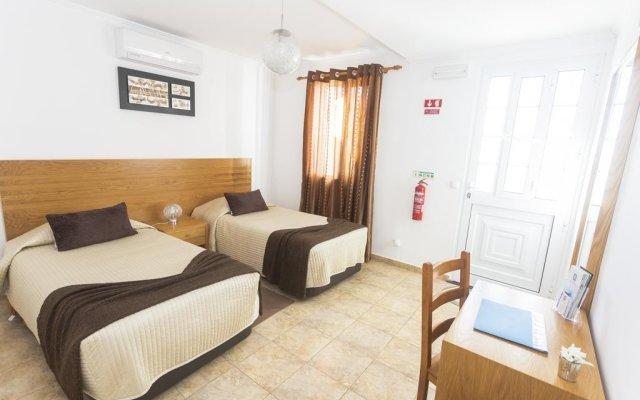 Отель Vivenda Oliveira Португалия, Мадалена - отзывы, цены и фото номеров - забронировать отель Vivenda Oliveira онлайн комната для гостей