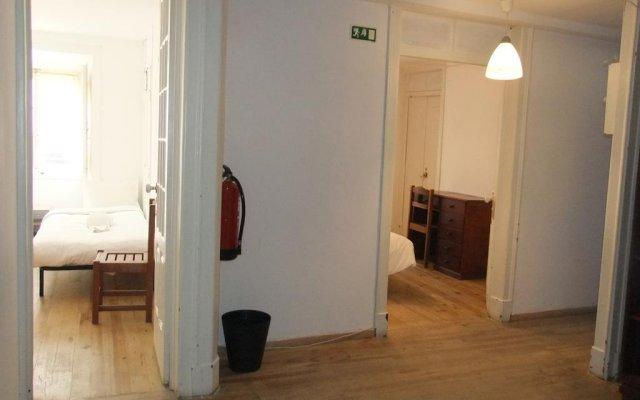Отель Lisbon Budget Inn Лиссабон комната для гостей