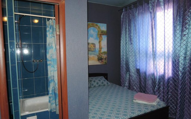 Hotel Aura комната для гостей