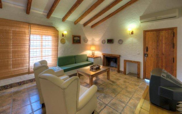 Отель Hacienda los Majadales Испания, Кониль-де-ла-Фронтера - отзывы, цены и фото номеров - забронировать отель Hacienda los Majadales онлайн комната для гостей