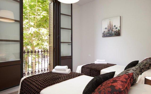 Отель Apbcn Eixample Center Барселона комната для гостей