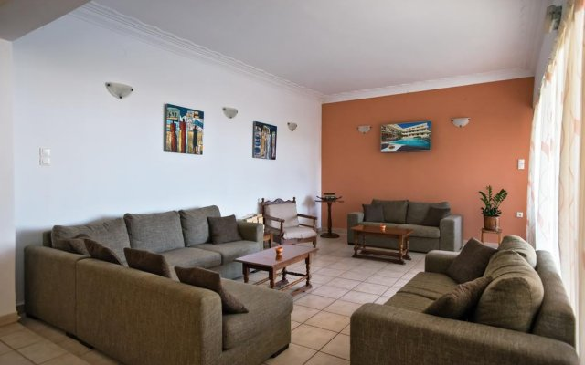 Hotel Afea комната для гостей
