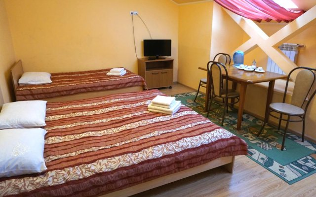 Отель Guest House on Volzhskaya Naberezhnaya Ярославль комната для гостей