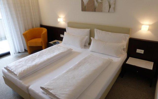 Отель Garni Weghueb Парчинес комната для гостей