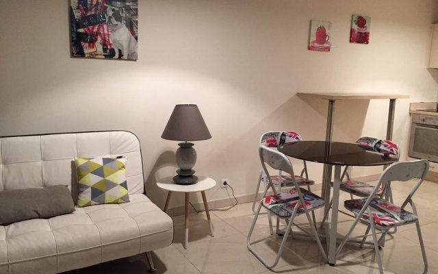 Отель Congress Apartment Франция, Канны - отзывы, цены и фото номеров - забронировать отель Congress Apartment онлайн комната для гостей