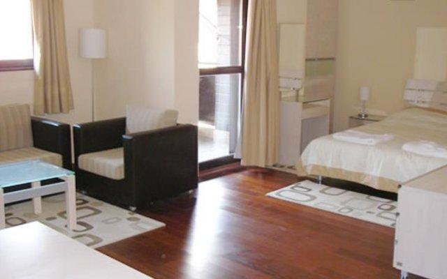 Отель Chalet Elegant Банско комната для гостей