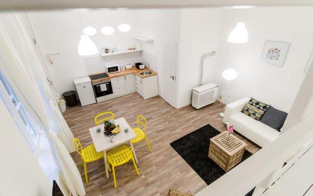Отель Clove Apartment Венгрия, Будапешт - отзывы, цены и фото номеров - забронировать отель Clove Apartment онлайн комната для гостей