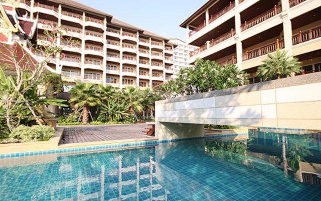 Отель The Heritage Pattaya Beach Resort бассейн