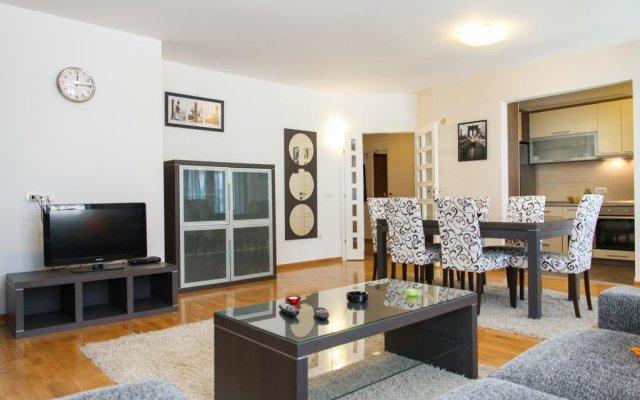 Апартаменты Apartment Large Белград комната для гостей