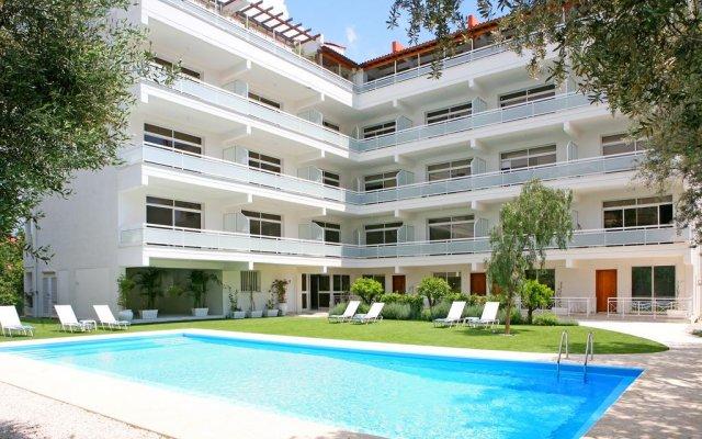 Отель Corina Suites and Apartments Кипр, Лимассол - 1 отзыв об отеле, цены и фото номеров - забронировать отель Corina Suites and Apartments онлайн бассейн