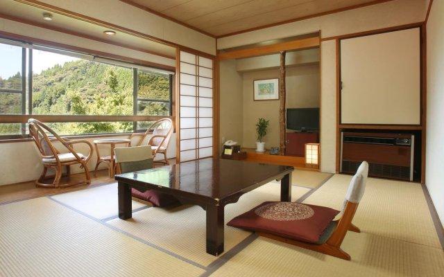 Отель Tarutama Onsen Yamaguchi Ryokan Минамиогуни комната для гостей