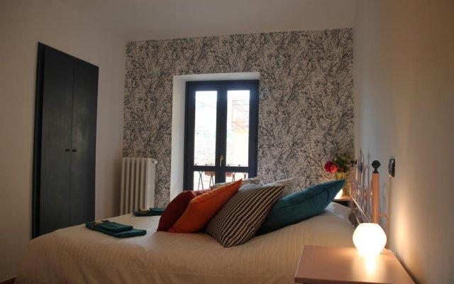 Отель Easy Così Affittacamere Здание Barolo комната для гостей