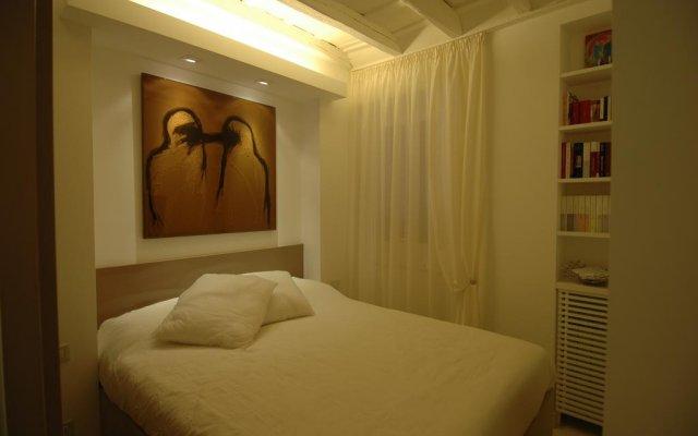 Отель BDB Flats by the Spanish steps комната для гостей