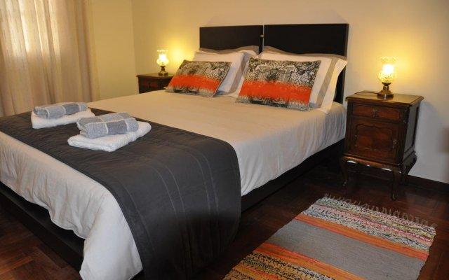 Отель Casas Do Largo Dos Milagres Машику комната для гостей