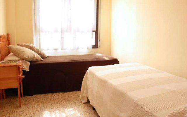 Отель Apartamentos ESCOR комната для гостей