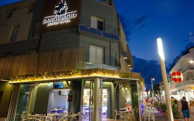 Отель San Giorgio Италия, Риччоне - отзывы, цены и фото номеров - забронировать отель San Giorgio онлайн вид на фасад