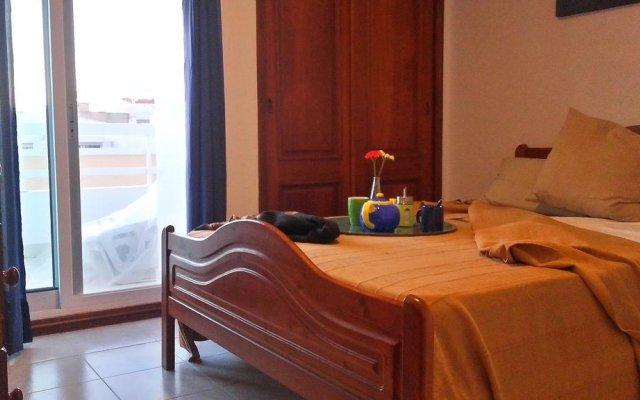 Отель Charming with Sea View комната для гостей